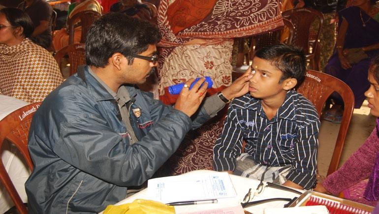 Eye Testing & Operation 2014